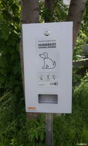 Sackerlspender Hundekot